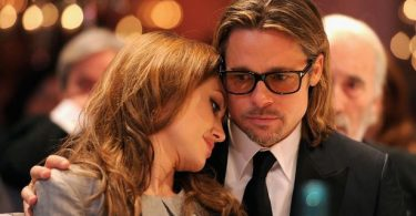 brad-pitt-and-angelina-jolie-krisi-sti
