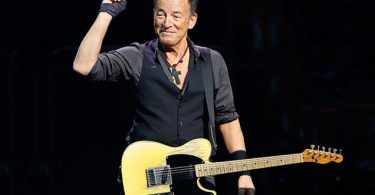 bruce-springsteen-performance-feb-2016-billboard-650-1.jpg